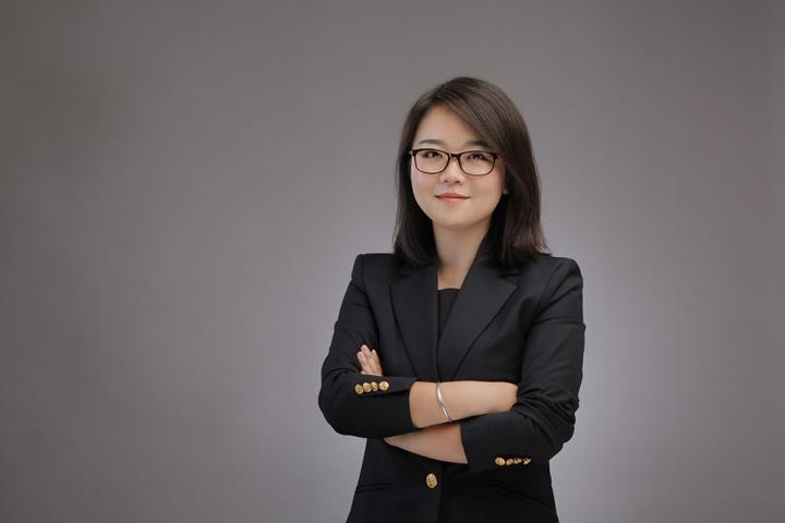 """李丹青 上海佳士得亚洲二十世纪及当代艺术品部专家、""""+86 First Open""""专家主管"""