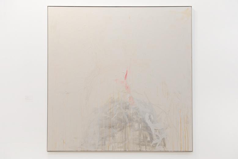 翠西·艾敏俨然成为了当代艺术界无法忽视的一位女性艺术家。大多数人都以其行为及装置作品而熟知。但是这件2007年创作的大尺幅架上作品《A rose》,却让我们看到了不一样的翠西——细腻而不失分寸。