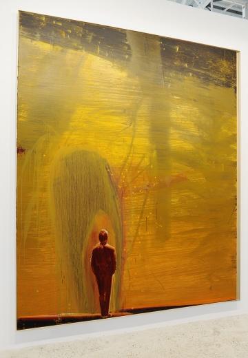 马轲,作为70后代表性艺术家。其绘画早已不再满足于表面的写实性,对于精神世界的传达,才是其上下而求索的生活方式。