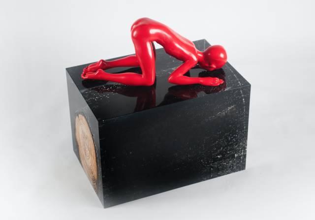 陈文令 《红色记忆-见微知著》 45×30×48cm 综合材料 2015
