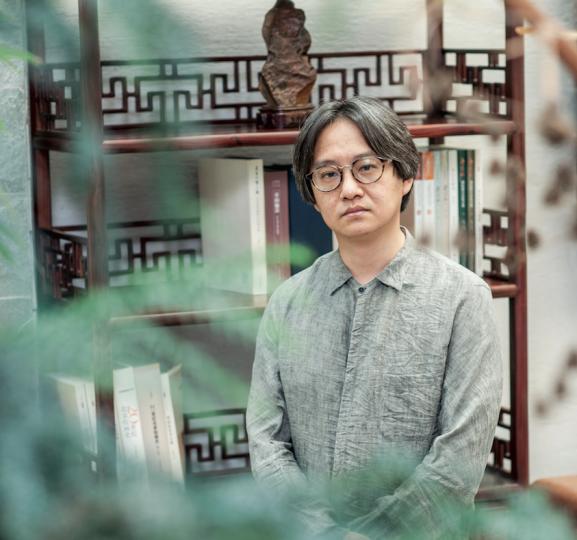吴洪亮 策展人,北京画院美术馆馆长