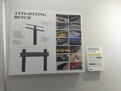 Dismaland里利用各种空间认真讲述城市的历史