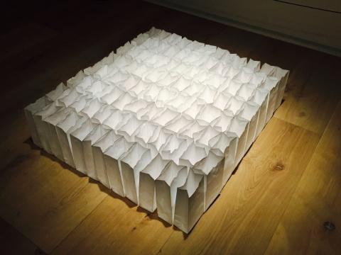 文豪2014年作品《30 NO.7》 白色纸袋子,黑色马克笔