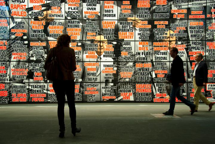 2012年6月瑞士巴塞尔艺博会现场 AFP PHOTO / SEBASTIEN BOZON (2012年至2014年,Thomas担任瑞士巴塞尔画廊的联系负责人,并担任Art Basel管理委员会委员)