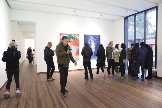 """11月28日,方伟于清影合作的第三次个展""""穹顶之下""""现场"""