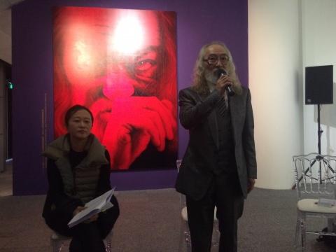 姜亨九在媒体发布会上发言
