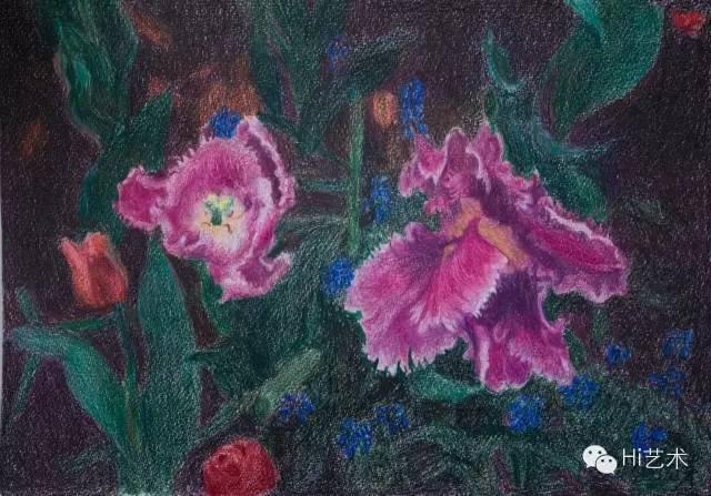 周春芽 《紫色郁金香》35.5x40.6 cm 彩色铅笔 纸 2015