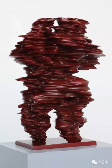 TONY CRAGG 《Pool》70 x 52 x 55 cm Bronze 2012 (Image credit-Michael Richter)
