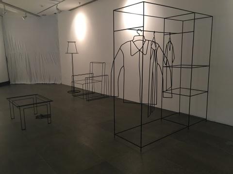 Anya Zholud 《基本幸福空间计划》作品现场