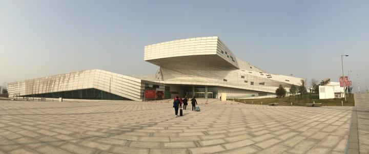 占地6.2万平米的太原美术馆于去年正式开馆