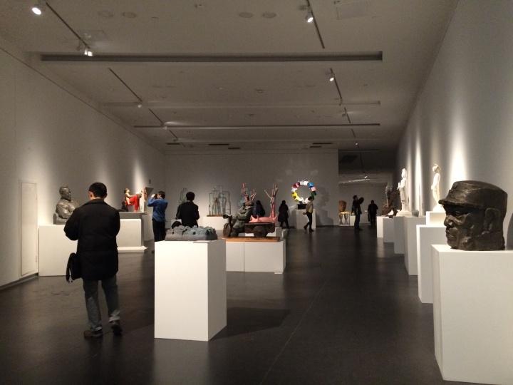 """张卫东策划的由山西本地雕塑家作品组成的""""新晋风""""板块"""