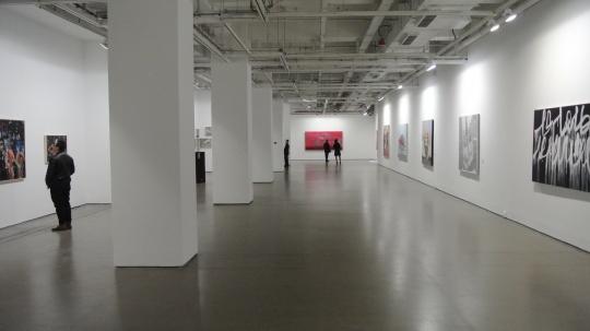 三楼绘画展览现场