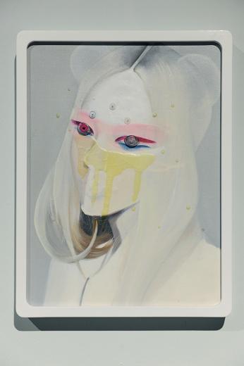 《阿修罗半身像》、《阿修罗No.4》,连续的肖像方式,成为其面对幻象的造像过程,方可释放更多自由