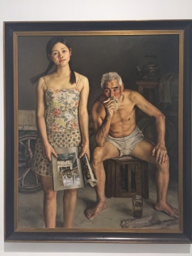 一进展厅,便是杨飞云的油画《向往与沉思》