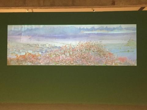 展厅中的投影仪播放着《长江万里图》的局部