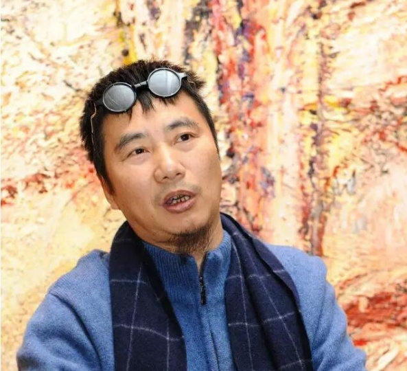 许宏泉于论坛现场对当代艺术展开讨论