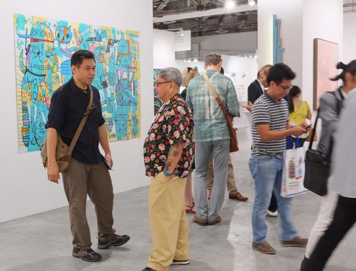 2016年1月19日下午7时,艺术登陆新加坡正式进入人气高潮