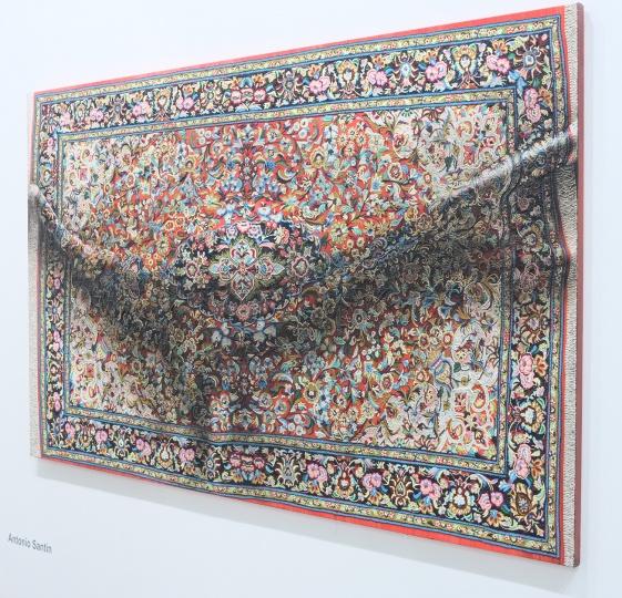 来自纽约的MARC STRAUS带来的艺术家均来自西方,其负责人表示本地藏家对其代理的艺术家极为感兴趣 其中1978年生的柏林艺术家Antonio Santin作品价位区间在4-5.5万美金
