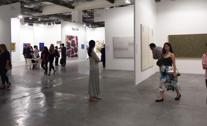 日本老字号白石画廊与韩国The Colums Gallery遥相呼应
