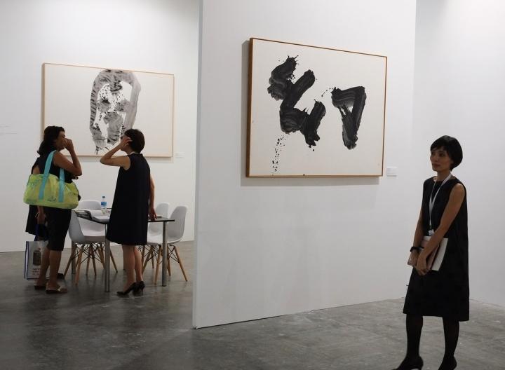 井上有一的作品在本届艺术登陆新加坡也有多家画廊代理