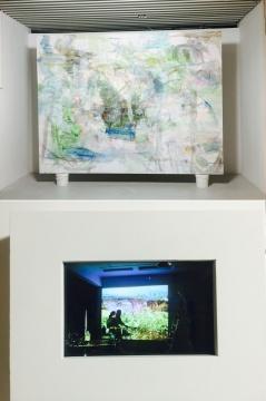张乐华2015、2016年作品《ALL ABOUT-20160303》布上丙烯、绘画装置、录像
