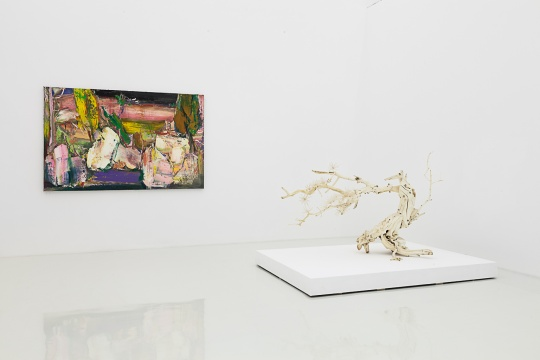 """偏锋新艺术空间进入第十年的开年展""""诗意地栖居""""现场"""