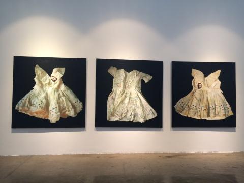 Marina Cruz《爱莉莎》、《海伦》、《萝拉》179x179cmx3 画布刺绣 2008