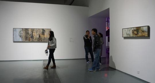艺术家屠宏涛2016年最新作品,作品中线性笔触的大量增加,体现了一种与中国传统绘画中线条与笔法的对话。