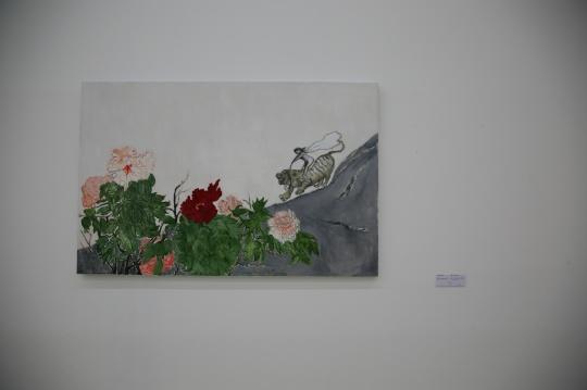 """《美与美的历程NO.2》 段建宇 布面油画 110×170cm 2012年 段建宇说她在画面里排斥一种庸俗的""""美"""""""