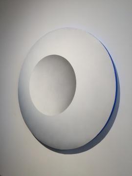 《圆》直径150cm 矿物色粉、粉尘、丙烯媒介、亚麻布 2016