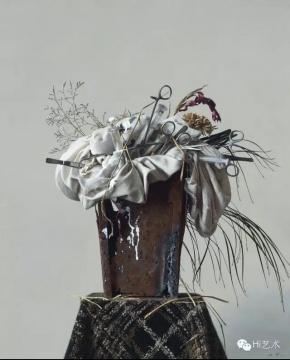 Lot133 冷军 《香花与毒草》 80.5×65.5cm 布面油画 1997  估价:400万-500万元(©夜场)