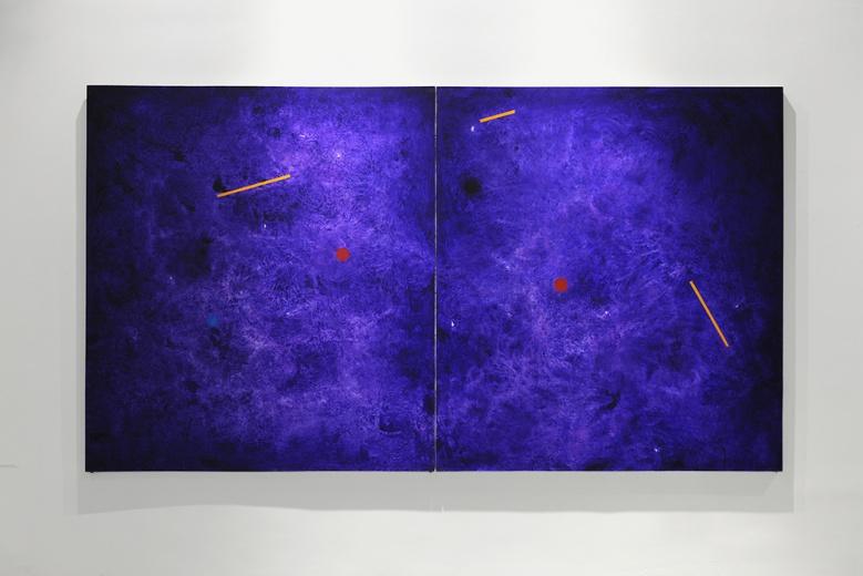 应空间徐新武个展,难以名状的混沌与具有清晰边缘的几何体在相对的运动中对峙、融合,一种新的能量产生。
