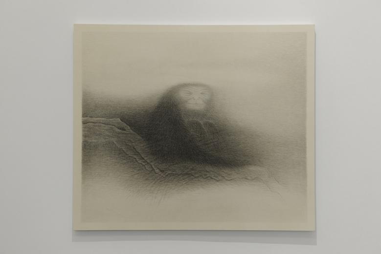 麦勒画廊邵帆《树上的老猿》,将人物性格灌入动物形态中,是拟人化还是拟物化?