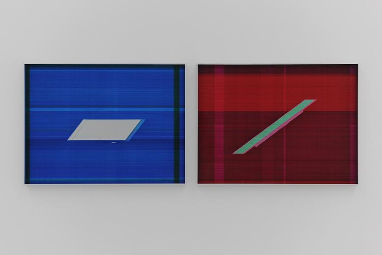 空白空间张如怡《反光-1》《反光-2》纸上综合材料 60×80cm 2015