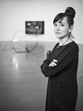 艺术家 塔提亚娜·图薇( Tatiana Trouvé)