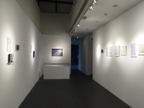 展览现场主要以文献的形式展开
