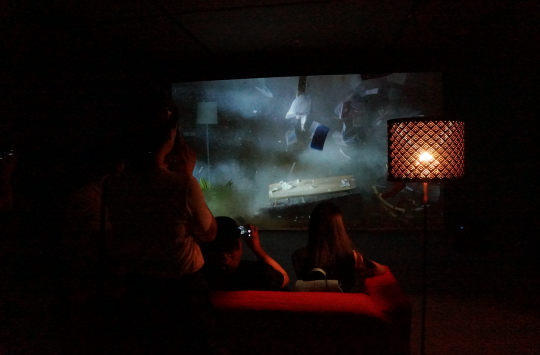 袁广鸣《栖居如诗》 单屏录像 5 分钟 2014 由艺术家和耿画廊提供
