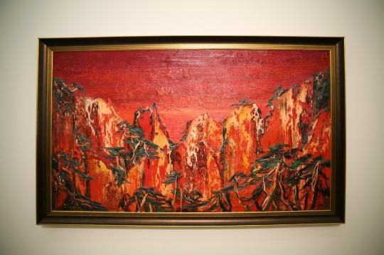 尹朝阳 《红山》 150×260cm 布面油画 2013