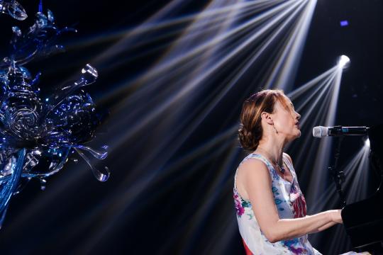 """美国音乐家Lisbeth Scott特意为""""树""""+艺术项目带来了自己创作的哼唱作品《Mood》"""