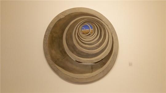 马佳伟 《回声》 直径200cm 综合材料 2011