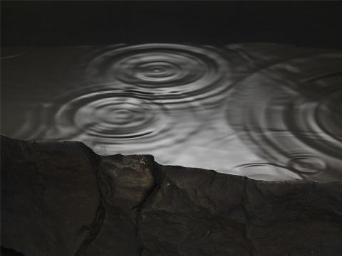 沈烈毅 《雨》山西黑花岗岩 140×110×50cm 2016
