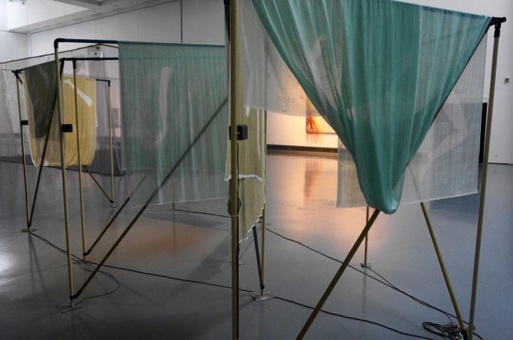 克罗地亚艺术家 蒂娜·格威洛维克 《穿越人海的钻石》混合媒介 2016