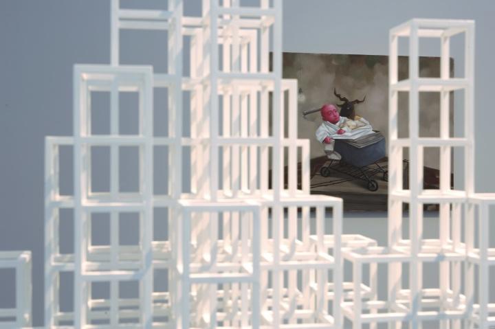 从索尔·勒维特的作品看张晓刚