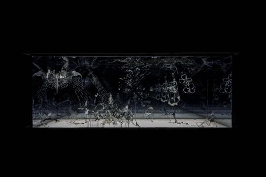 《天鹅湖》 300×300×250 cm 综合材料 2016