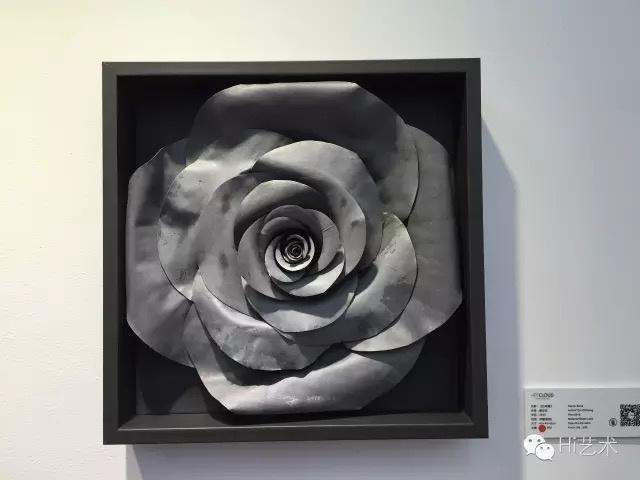 艺术云以15万售出的蔡志松《方玫瑰》