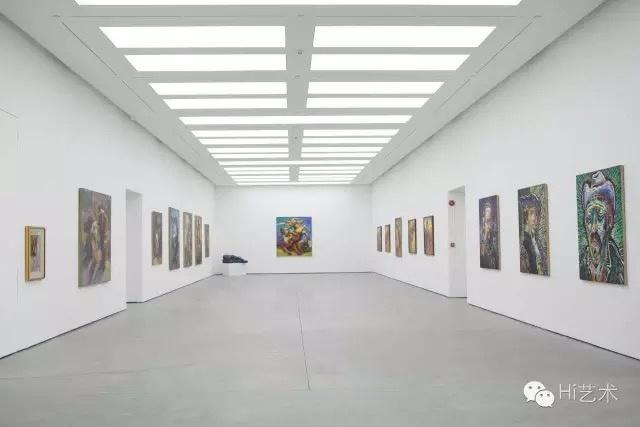 罗中立个展状态·巴山变奏曲展览现场