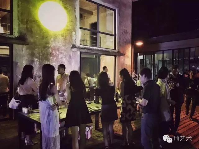 谷·仓当代艺术空间酒会现场(图:任静)