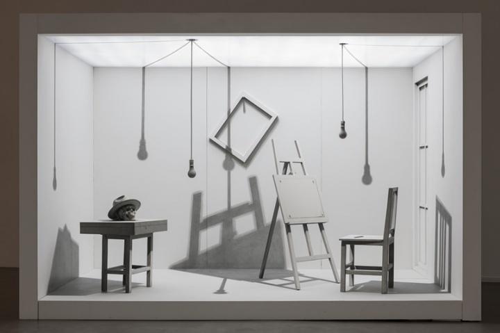 《两居室No.1》 366x264x200cm 绘画装置 2007-2009