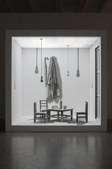 《两居室 No.3》 244x264x200cm 绘画装置 2007-2009