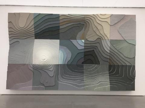 《北海》 360×600×66cm 木板丙烯 2016